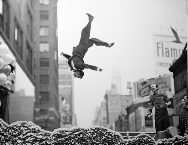 Garry Winogrand Street Photography 1