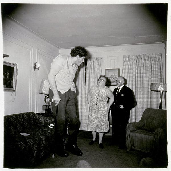 Diane Arbus, Jewish giant