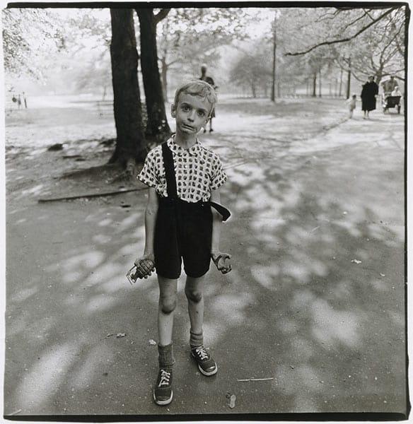 Diane Arbus, Child Hand Grenade