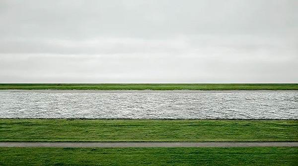 Rhein II, Gursky