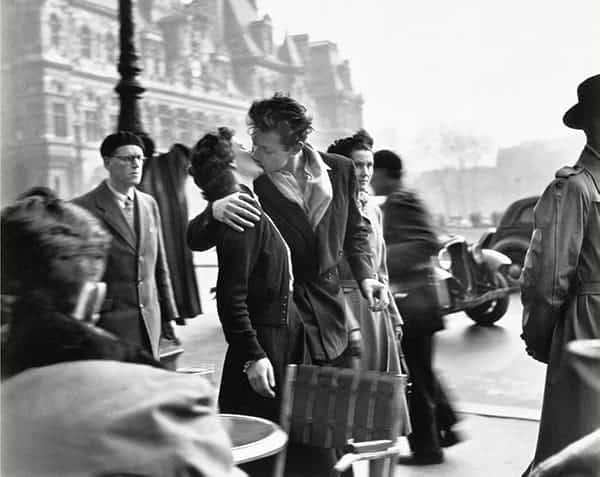The Kiss, Doisneau